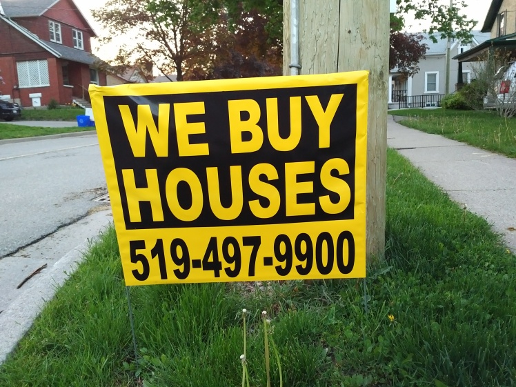 we buy houses lawn sign